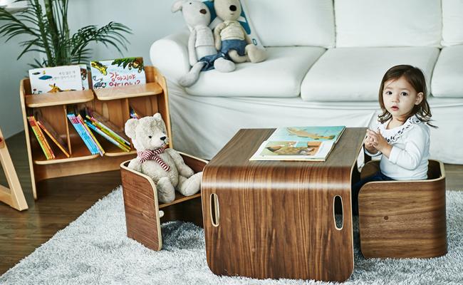 ColoColo Chair & Desk